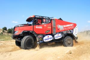 2017 Renault Sherpa Rally Truck by MKR Technology