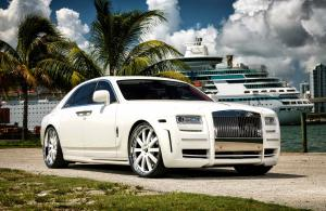 Rolls-Royce Ghost White Edition by Mansory 2010 года