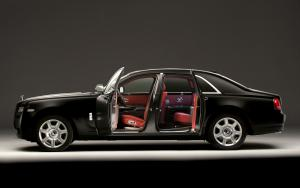Rolls-Royce Ghost Matt Black 2012 года