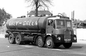 Scammell Routeman I 8x2 Tanker
