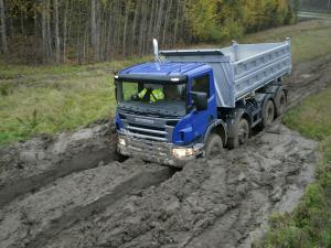 2004 Scania P420 8x6 Tipper
