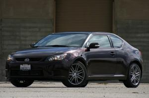 Scion tC 2011 года