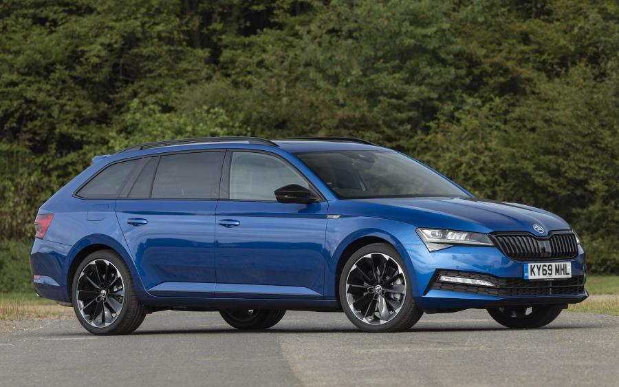 Skoda Superb Combi 4x4 SportLine (UK) '2019