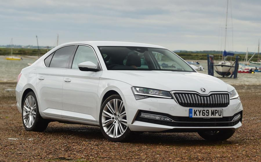 Skoda Superb iV (3V) (UK) '2019