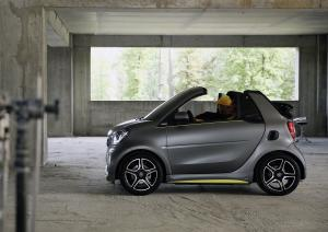 Smart ForTwo Edition Asphaltgold Cabrio by Brabus 2017 года