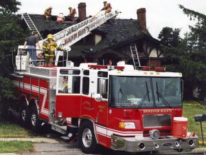 Spartan Gladiator Pierce Ladder Truck '2009