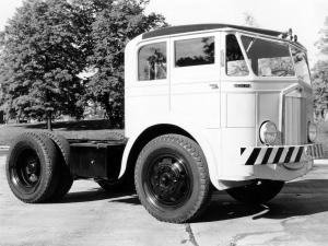 1933 Sterling GD195 Chassis Cab