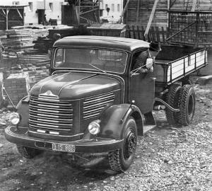 1953 Steyr 380 k Three-Way Tipper