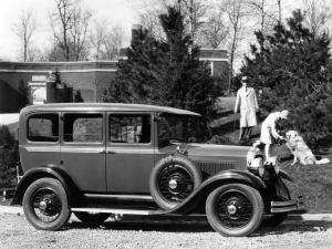 1928 Studebaker Dictator Six Royal Sedan