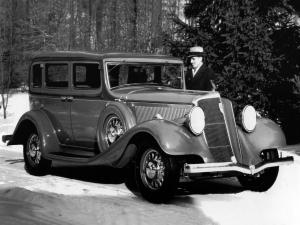 1933 Studebaker Commander Eight Regal Sedan