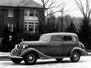 1935 Studebaker President Custom Sedan