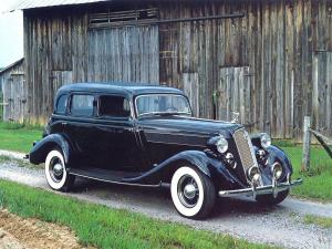 1935 Studebaker President Regal Sedan