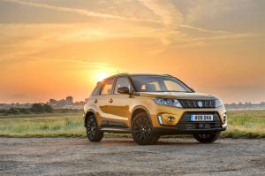 2019 Suzuki Vitara SZ5 with Accessories