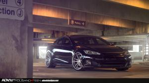 2014 Tesla Model S by ADV.1 Wheels
