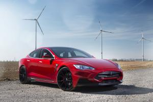 2015 Tesla Model S P85D Elizabeta by Larte Design