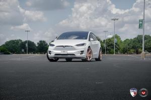 2016 Tesla Model X by EVS Motors on Vossen Wheels (VPS-302)