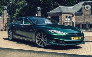 Tesla Model S 85 Performance Shooting Brake by RemetzCar 2018 года