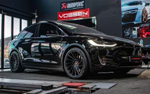 Tesla Model X on Vossen Wheels (VPS-305T) 2019 года