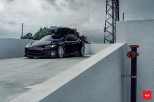 2019 Tesla Model S P85+ on Vossen Wheels (CV10)