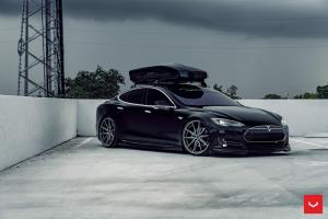 Tesla Model S on Vossen Wheels (HF-3) 2019 года