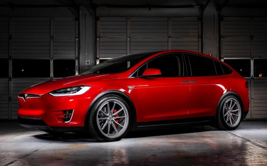 2019 Tesla Model X P90D on Vossen Wheels (ML-X2)