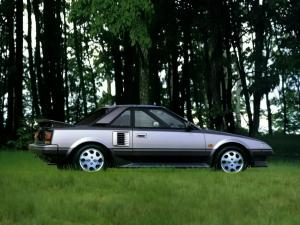 Toyota MR2 G-Limited T-Bar Roof 1986 года (JP)