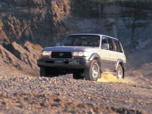 Toyota Land Cruiser 80 VX-R 1995 года