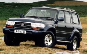Toyota Land Cruiser Amazon VX 1995 года (UK)