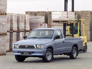 Toyota Hilux 2000 SR Single Cab 1997 года (ZA)