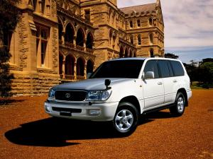 Toyota Land Cruiser 100 Van VX Limited 1998 года