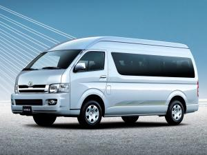 Toyota Hiace Combi High Roof 2004 года