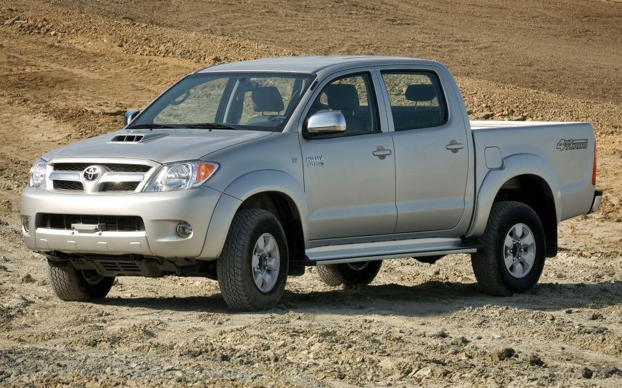 BAE Toyota Hilux Double Cab Armored '2005