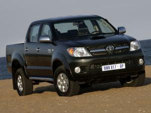 Toyota Hilux Double Cab 2005 года