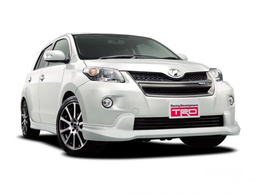 2007 Toyota Ist by TRD