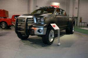 Toyota Tundra Diesel Dually Project Vehicle 2007 года