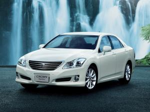 Toyota Crown Royal Saloon S200 2008 года