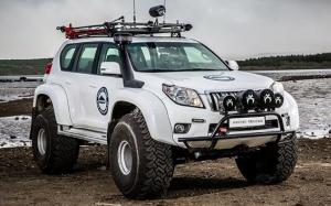 Toyota Land Cruiser Prado AT44 by Arctic Trucks 2009 года