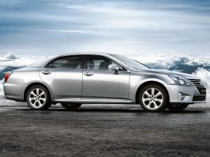2012 Toyota Crown Royal Saloon VIP