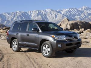 Toyota Land Cruiser 200 2012 года
