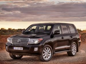 Toyota Land Cruiser 200 V8 2012 года