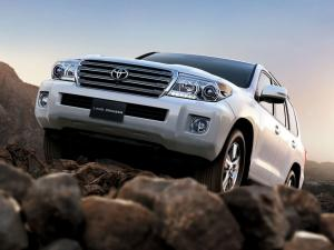 Toyota Land Cruiser 200 VX-R 2012 года (UAE)