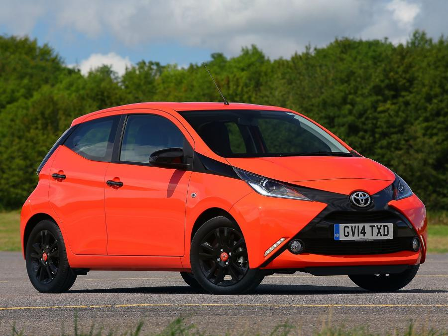 Toyota Aygo x-cite 5-Door (UK) '2014