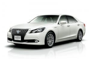 2014 Toyota Crown Majesta F Version