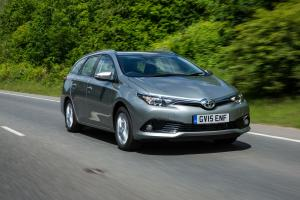 Toyota Auris Touring Sports 2015 года