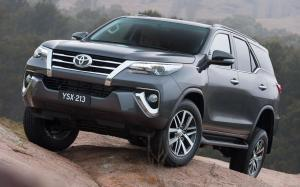 Toyota Fortuner Crusade (AN160) (AU) '2015