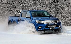 2016 Toyota Hilux AT35 6x6 by Arctic Trucks