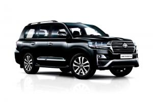 2016 Toyota Land Cruiser 200 Executive Black