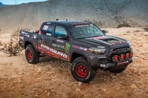 Toyota Tacoma TRD Pro Race Truck 2016 года