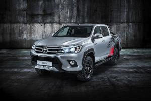 Toyota Hilux Invincible 50 2017 года