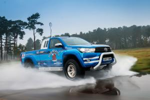 Toyota Hilux Xtra Cab Bruiser by Arctic Trucks 2017 года